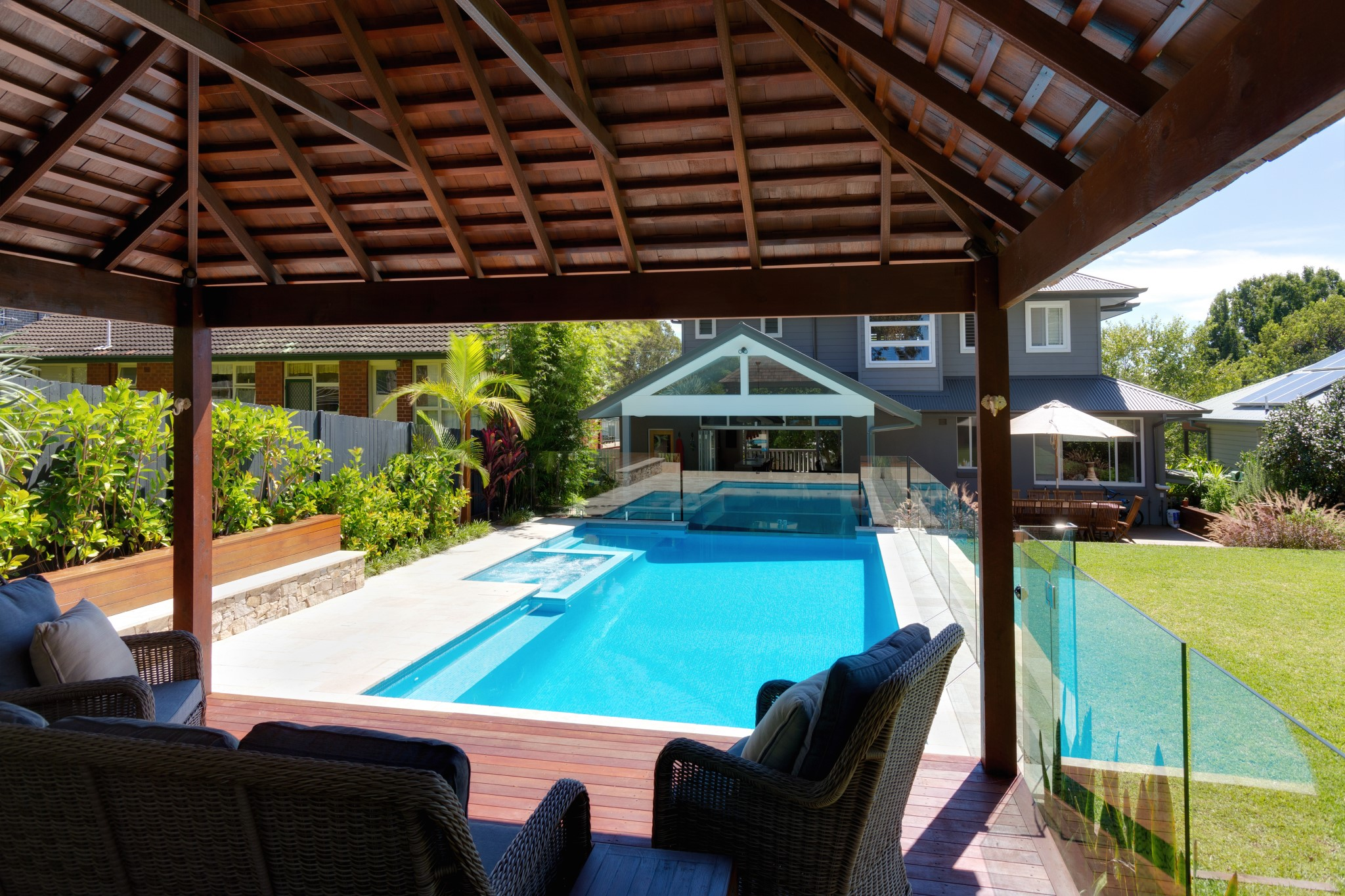 Classic design swimming pool and spa of Premier Pools