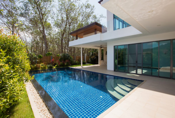 Modern tiled pool in luxury location